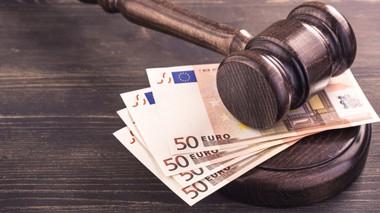 estudiar derecho mercantil online